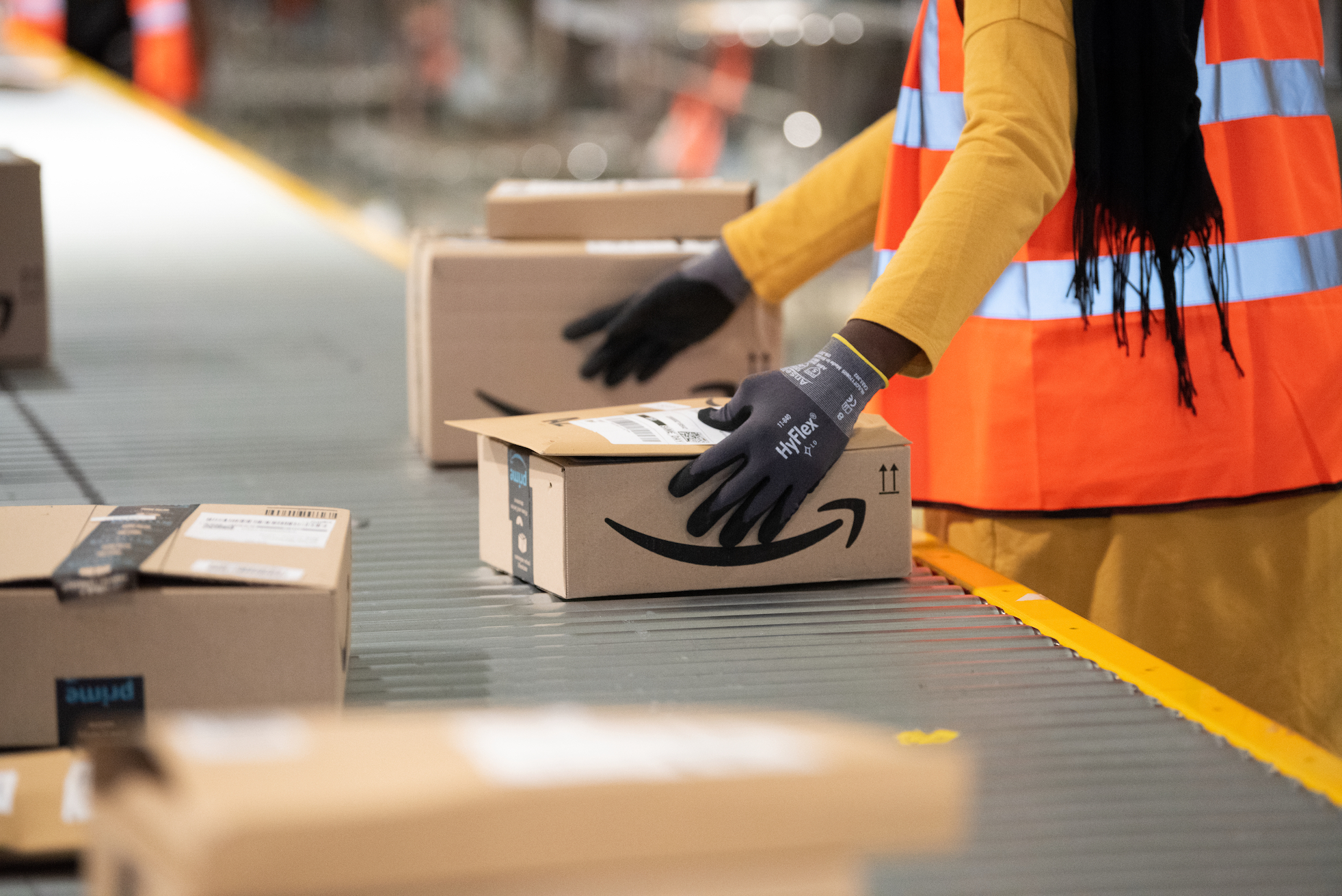 Selling Through Amazon: The 5 Must-Have Cloud Integration & Inventory Apps to Use
